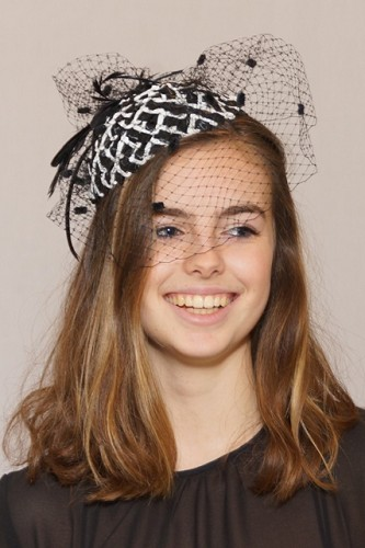 Fascinator zwart/wit